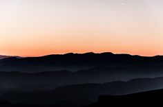 Winter Mountain, Mountain Landscape, Facebook, Dragons, Clouds, Mood, Celestial, Mountains, Sunset