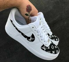 The 10 best Nike Air Force 1 Custom Kicks - page 2 of 10 - WassupKicks - cal .- 10 besten Nike Air Force 1 Custom Kicks – Seite 2 von 10 – WassupKicks – Kal… The 10 best Nike Air Force 1 Custom Kicks – page 2 of 10 – WassupKicks – Kallie Underwood – Jordan Shoes Girls, Girls Shoes, Ladies Shoes, Shoes Women, Women Sandals, Jordan Outfits For Girls, Cute Sneakers, Sneakers Nike, Sneakers Workout