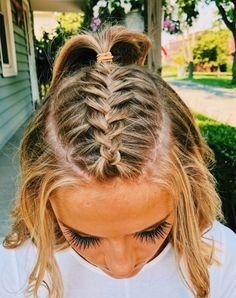 Easy to Manage: Bandana Style - 10 Cute and Easy Hairstyles for Short Hair - The Trending Hairstyle Hair Inspo, Hair Inspiration, Teen Hairstyles, Princess Hairstyles, Short Braided Hairstyles, Hairstyles With Braids, School Hairstyles For Teens, Wedding Hairstyles, Softball Hairstyles