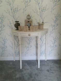Elegant Half Moon Table Shabby Chic White
