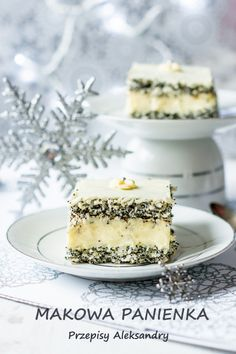 Przepisy Aleksandry: MAKOWA PANIENKA/ Cake with poppy seeds, coconut, and lovely lemon cream. Baking Recipes, Cake Recipes, Dessert Recipes, Xmas Food, Christmas Desserts, Cupcake Cakes, Cupcakes, Kolaci I Torte, Traditional Cakes