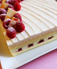 White Chocolate and Raspberry Cake http://gourmetbaking.blogspot.com/2014/05/white-chocolate-and-raspberry-cake.html