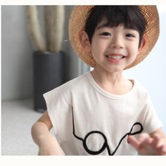 Cute and stylish Tee Stylish Kids Fashion, Summer Outfits, Girl Outfits, Summer Trends, Girls Dresses, Dressing, Tees, Cute, Swimwear