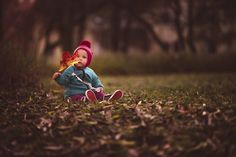 I'm a father and photographer from Sweden. I began taking photos of my daughter early in 2014.  I aim to capture truly enchanting, storytelling photos – all from authentic moments in natural light. Childhood is fleeting and every experience is new and so full of wonder. These are the moments that I try to capture and conserve with help of photography.  Do not hesitate to contact me if you have any questions!