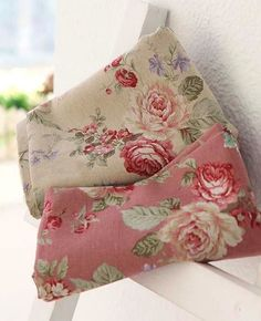 V i n t a g e . F ℓ o r a l s ♥ I love these floral fabrics, so romantic and pretty! I would love to see them as pillows in  a comfy chair and a quilt would be so nice in a bedroom too!