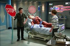 Disney XD taps into Teen Interest in Superheros, Sci-Fi and Fantasy Characters in Tonight's Premiere of Mighty Med #DisneyXD
