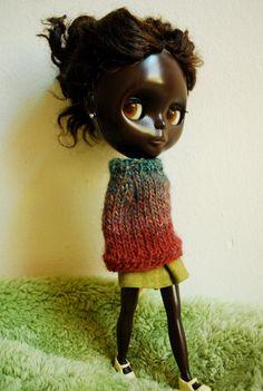 reya poncho for blythe dolls by zanalee1 @ etsy