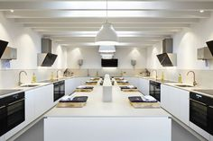 The Woodspeen restaurant and cookery school by Softroom Architects London studio Softroom has renovated a village pub in southern England to host a culinary school Kitchen Layout, Kitchen Design, Kitchen Ideas, Culinary Arts Schools, Chef School, Baking School, Pastry School, Cooking Quotes, Cooking Hacks