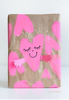 Mother's Day Hugs Gift Wrap | willowday