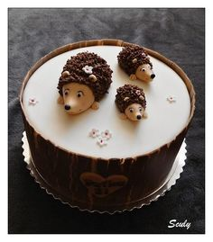 Ježkovia na želanie:) Chutná tortička! Autorka: Sculy. Tortyodmamy.sk.