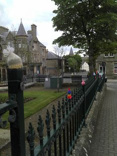 Yarnbombing in Thurso, Scotland...OK, so this is Scotland, not England.....still, I have  been to Thurso!  It's a nice little city/town.