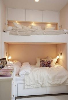cozy room for teen girls. Bunk beds that each have their own compartments Dream Rooms, Dream Bedroom, Home Bedroom, Girls Bedroom, Bedroom Decor, Bedroom Ideas, Bedroom Storage, Bed Storage, Girl Rooms