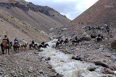 Alumnos cruzan los Andes a través del relato de dos expedicionarios Diario El Día - La Plata, Buenos Aires, Argentina