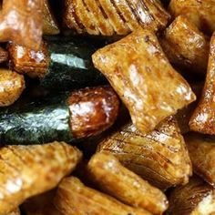 Hawaii's most popular snacks, candy, gourmet foods, and more. Visit our store today for a huge variety of Hawaiian Snacks Online. Asian Snacks, Asian Foods, Gourmet Recipes, Asian Recipes, Hawaiian Snacks, Japanese Rice Crackers, Snacks Online, Kona Coffee, Japanese Sweets