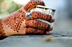 Henna Fingers by B.Bubble, via Flickr