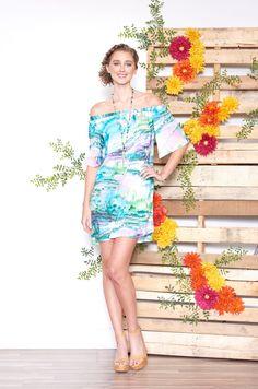 ASKARI Adalyn Dress   Off-the-shoulder dress in Tide print