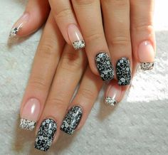38 Amazing Nail Art Design For Your Christmas / New Years Eve