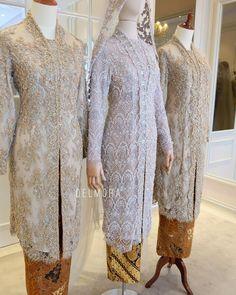 #delmora #delmorakebaya . . Kebaya Pengantin Akad Nikah Mba Dyas & Kebaya Ibu Pengantin  Buruan Konfirmasi Konsultasi Desainer & PRICELIST… Model Kebaya Muslim, Kebaya Modern Hijab, Model Kebaya Modern, Kebaya Hijab, Kebaya Brokat, Kebaya Lace, Batik Kebaya, Kebaya Dress, Dress Muslim Modern