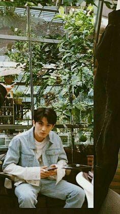 Mark lagi liatin gue:v Mark Lee, Nct 127 Mark, Ntc Dream, K Wallpaper, Kpop, Entertainment, Mabon, Boyfriend Material, K Idols