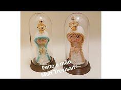 Mini Santinha em amigurimi - YouTube Mini, Youtube, Crochet Octopus, Crochet Animal Amigurumi, Handmade Soaps, Amigurumi Doll, Crochet Angels, Free Pattern, Holiday Ornaments