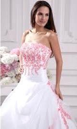Vestito bianco con rose rosse fiori