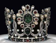 British Royal Tiaras   Royal Crowns and Tiaras - 50 Pics   Curious, Funny Photos / Pictures