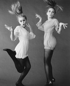 Mary Kate and Ashley Olsen are like WHATEVAAAA #nyismybf