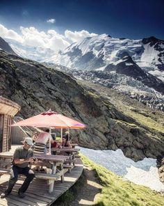 Glacier de Bionnassay depuis le refuge du Nid d'Aigle #Hautesavoie  http://www.pinterest.com/disavoia11/
