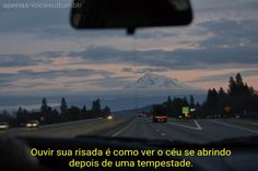 """traditioned: """"nickchives: """"lovelylikeliver: """" Mt Shasta from the backseat. """" This was my exact view about 2 years back. I was driving home from Sasquatch, it was my friend was asleep and Bon Iver. Bon Iver, Photos, Pictures, Airplane View, Beautiful Places, In This Moment, Explore, Thoughts, Mountains"""