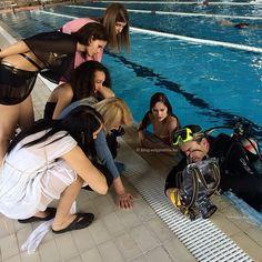 #Scuba #diving #diver #water #underwater #work #werk #photo #fotó #photographer #mik #girls #chimping