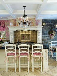 French country kitchen, from HGTV #country #frenchcountrykitchen #countrykitchen #kitchen