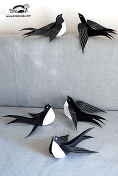 DIY TUTORIAL ON THESE AWESOME PAPER BIRDS