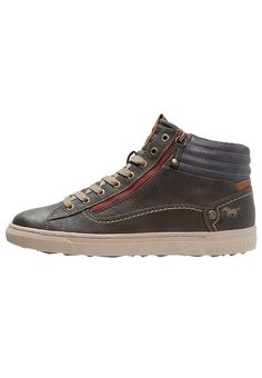 Mustang High-top trainers - mokka for £59.99 (07/01/17) with free delivery at Zalando