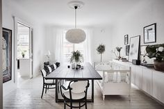 Spacious White Scandinavian Apartment With Black Details - Gravity Home