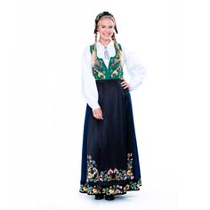 Aksel Waldemar -bunad B95 Folk Costume, Costumes, That Look, Victorian, Norway, How To Make, Inspiration, Dresses, Fashion