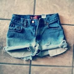 Want to learn to make awesome ombre shorts like these? Julie Homerding has tips on these and more for DIY fashion!