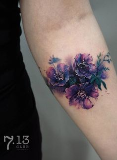 Watercolor Tattoos Will Turn Your Body into a Living Canvas - floral watercolor tattoo © tattoo artist Irina Doroshenko Irina Doroshenko 💟💟💟💟💟 - Flower Cover Up Tattoos, Best Cover Up Tattoos, Cover Up Tattoos For Women, Wrist Tattoo Cover Up, Ankle Tattoos For Women, Flower Wrist Tattoos, Circle Tattoos, Flower Tattoo Shoulder, Tattoos For Women Small