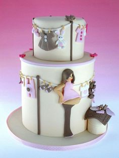 A super cute baby shower cake! Proof that you don't have to only settle for those weird headless-armless-torso-belly cakes for a baby shower. Torta Baby Shower, Baby Shower Pasta, Unique Baby Shower Cakes, Baby Shower Cake Designs, Baby Cakes, Fondant Baby Torte, Cupcake Cakes, Cake For Baby, Fondant Bow