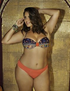 I know that most people won't agree with me, but I think this girl is beyond gorgeous, and she is exactly my goal weight/size. Dangerous curves intact, fit and healthy, this is what women are supposed to look like! This is the body I want from yoga, pilates and clean eating.