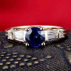 Vintage 14K Solid Yellow Gold Pave Diamond Tanzanite Wedding Promise Ring: Jewelry