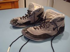 NIKE INFLICT WRESTLING SHOES SIZE 11 GREY AND BLACK GOOD CONDITION