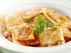 Patlıcanlı ravioli tarifi (İtalyan Mutfağı) -Patlıcanlı ravioli yapımı için gereken malzemeler ve yapılışı Yemek tarifleri -tr.com'da