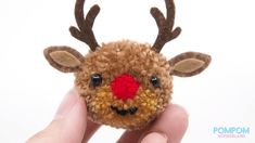 Christmas Pom Pom Crafts, Diy Christmas Ornaments, Craft Stick Crafts, Yarn Crafts, Diy Crafts For Kids, Christmas Crafts, Paper Crafts, Pom Pom Animals, Fabric Flower Pins