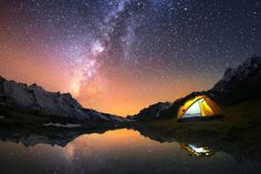 OK—are you going camping this weekend?Are you still looking for the right gear? Well we have it: your perfect campsite setup, complete, right here.From a tent to a multi-tool, this basecamp will be … Star Photography, Night Photography, Starry Night Sky, Night Skies, Dark Site, Sea Of Stars, Light Pollution, Sleeping Under The Stars, Northern Virginia