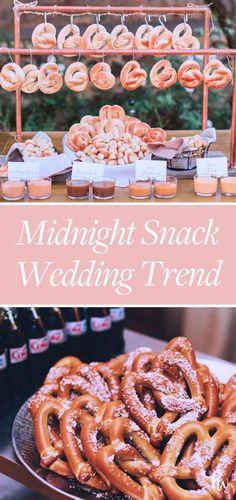 This Midnight Wedding Snack Trend Is Pure Nostalgic Genius #weddingsnack #pretzels #snacks #weddingfood