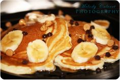 Banana, chocolate & peanut butter chip pancakes with a light swirl of maple syrup. Peanut Butter Chips, Chocolate Peanut Butter, Chocolate Peanuts, Maple Syrup, Pancakes, Banana, Breakfast, Photography, Food