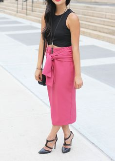 Date Night Outfit // Crop Top & Pencil Skirt