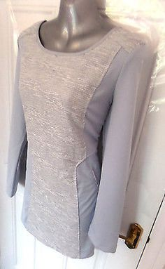 French Connection Gray Silver Bodycon Bandage Mini Gown 14 M Darkish silver gray gown from French Connection Bodycon bandage model Dimension 14 Superb situation little worn Any questions please ask earlier than bidding No return Take a look at my different gadgets Thanks