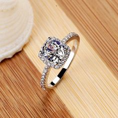 Elegant Temperament Jewelry Womens White Silver Filled Fashion Wedding Ring
