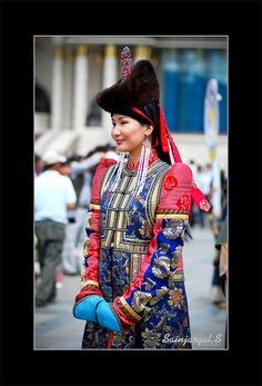 Mongolian traditional dress - richly decorated